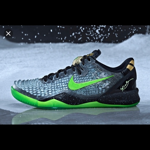 c95116b95bb Nike Kobe 8 Christmas Edition GS BRAND NEW